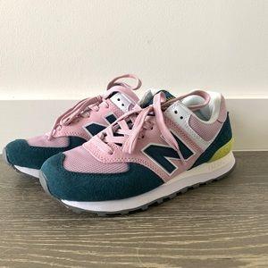 New Balance Women's 574 Sneaker NWOB size 7